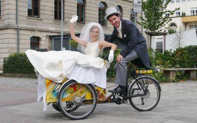 Klara kann auch Hochzeitskutsche