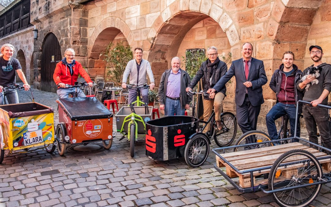 Pressetermin mit allen von der Sparkasse Nürnberg geförderten Lastenrädern